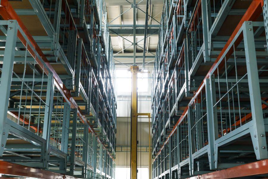 完成品を管理する倉庫